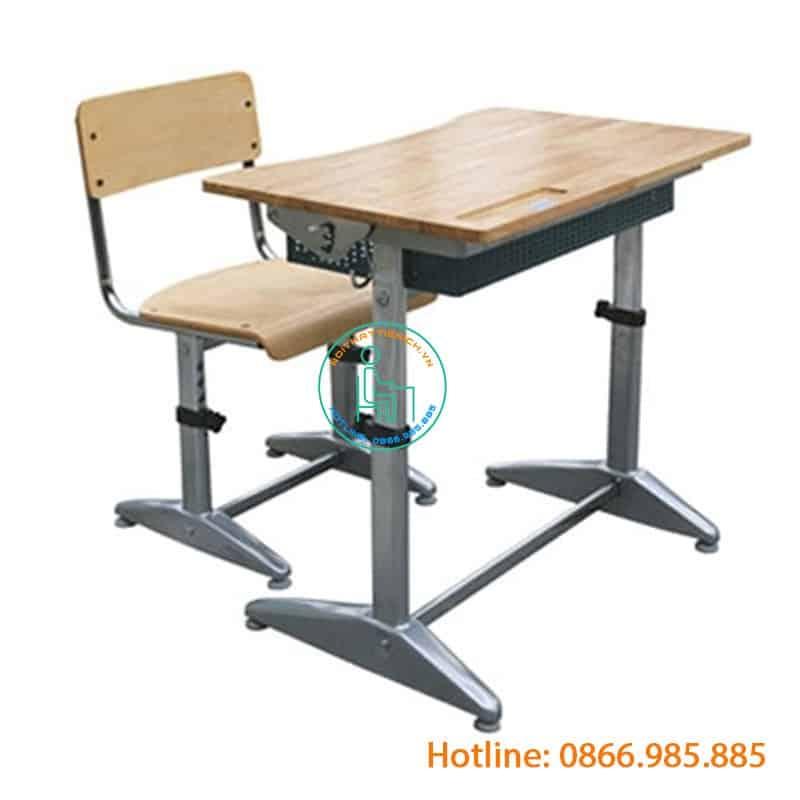 bàn học sinh lớp 1